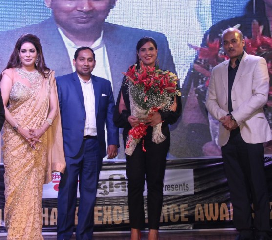 Poonam Jhawer, Richa Chadda With Sooraj Barjatya