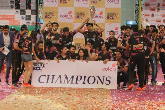 Delhi Dragons (2)