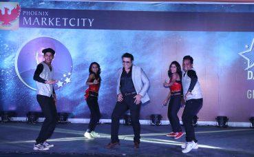 Govinda Perform1