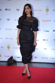Sonam Kapoor (1) at MAMI film club launch