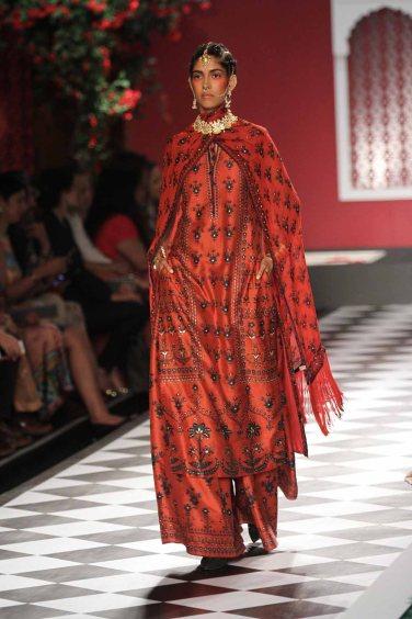 Anita Dongre Couture 2016 (5)
