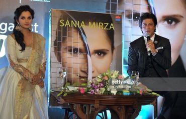 Sania Mirza in Rimple and Harpreet Narula (4)