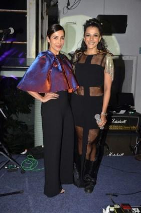 Malaika Arora & Manasi Scott (1)