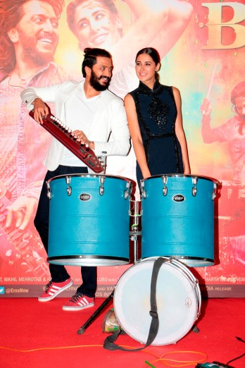 Nargis and Riteish at the trailer launch of Banjo