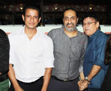 Sharman Joshi, Ballu Saluja and producer Surendra Bhatia