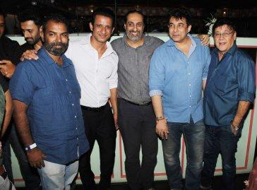 Sharman Joshi, Editor Ballu Saluja, Deepak Tijori and producer Surendra Bhatia