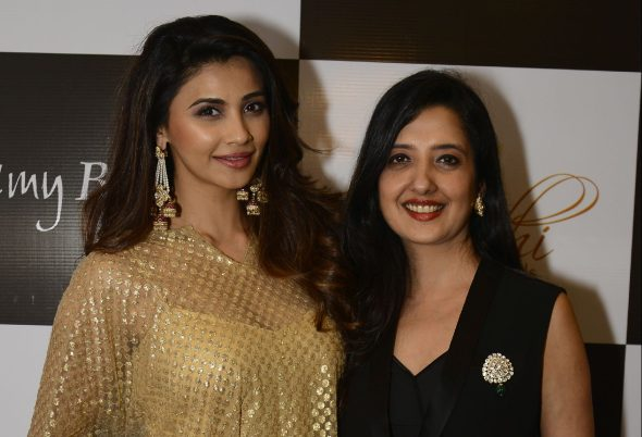 05 Daisy Shah with Amy Billimoria @ Amy Billimoria House of Designer & Zevadhi Jewels Festive Collection launch soiree