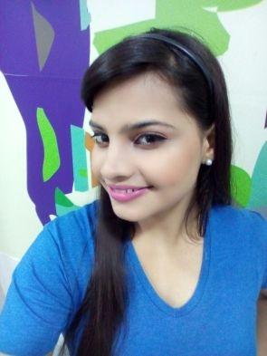tara-singh-signed-for-director-maneesh-singhs-tamil-remake-of-baghban-2