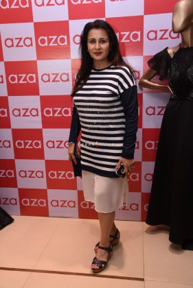 poonam-dhillon-eshaa-amiins-new-party-wear-launch-at-aza