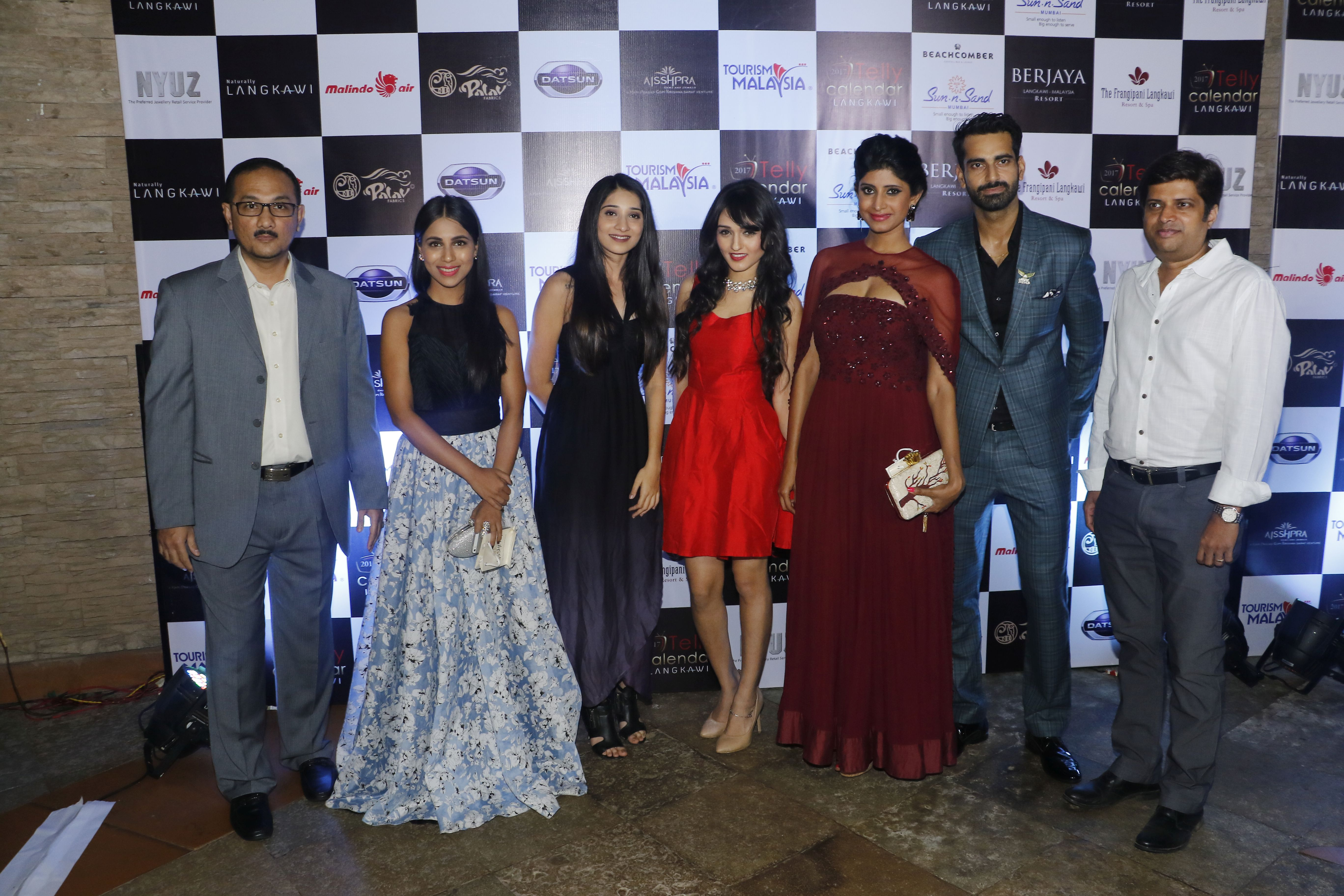 representatives-from-tourism-malaysia-and-mr-sunny-arora-director-marinating-films-along-with-the-calendar-girls-the-launch-of-telly-calendar-2017-langkawi