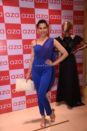 sonnalli-seygall-eshaa-amiins-new-year-party-wear-launch-at-aza