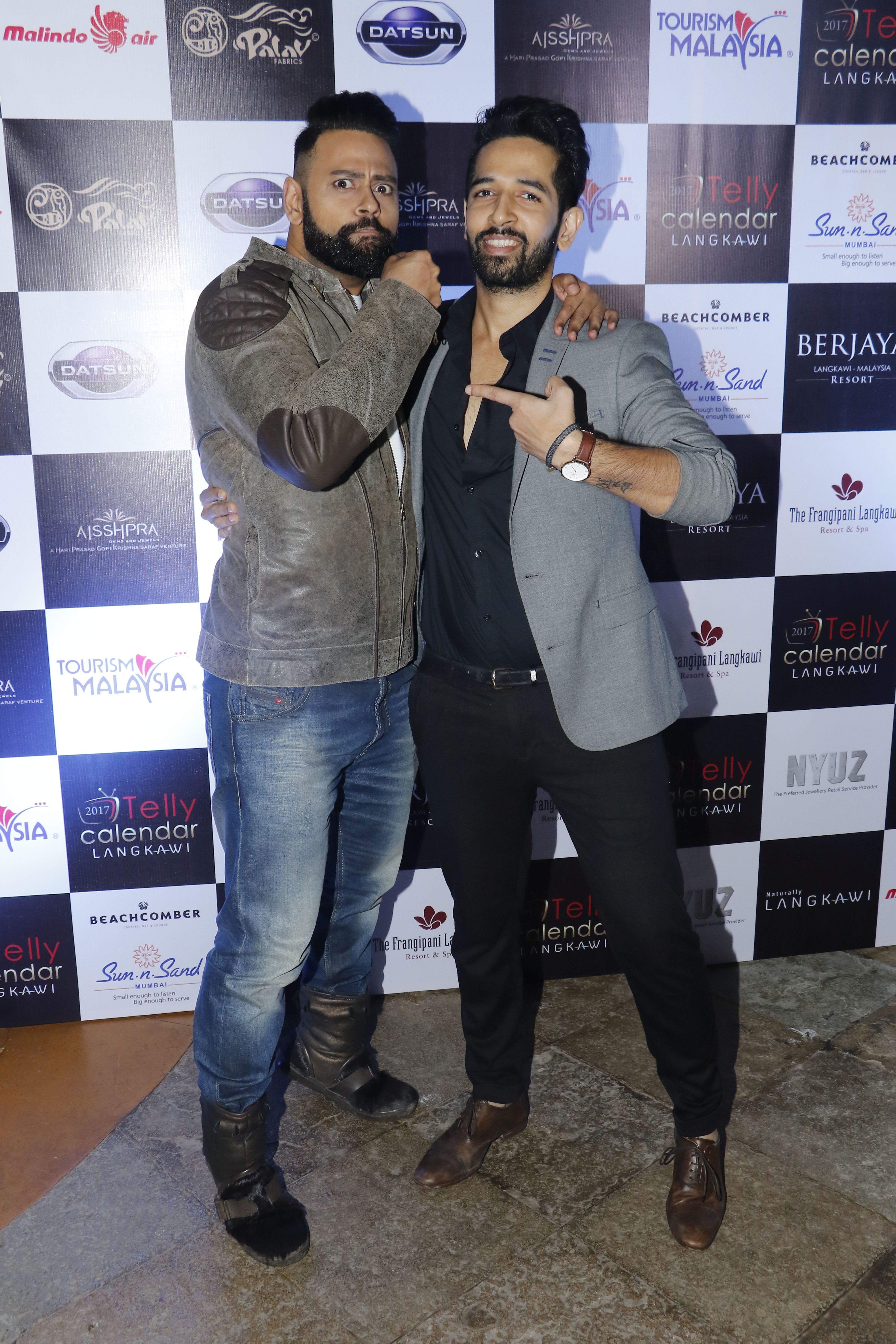 vj-andy-and-ashish-sharma-the-launch-of-telly-calendar-2017-langkawi
