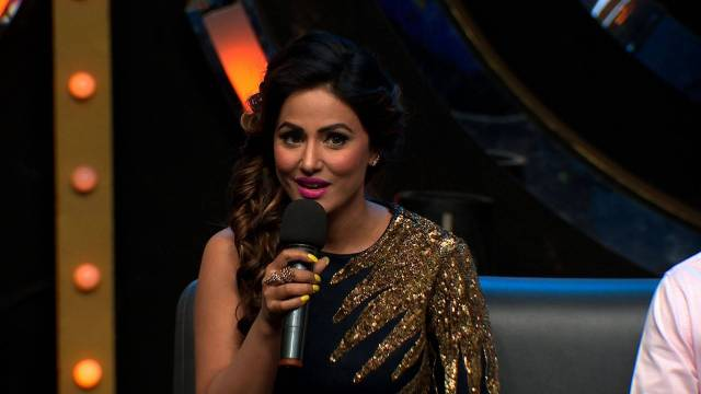 Hina Khan Entertains The Bigg Boss House!