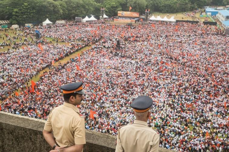 Policemen keeping vigil during Maratha Kranti Morcha rally