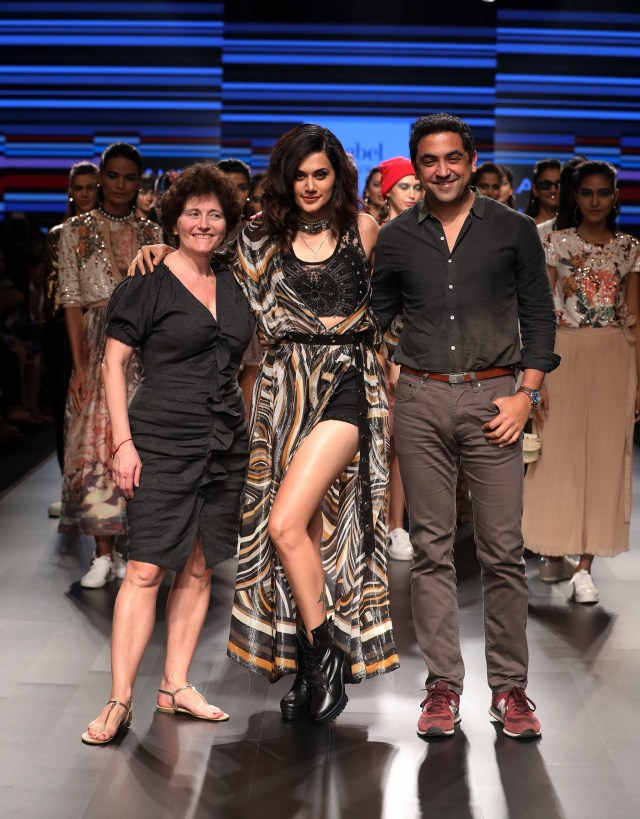 fbff217312a3 Ritu Kumar Taapsee Pannu and designer Amrish at Lakme Fashion Week Summer  Resort 2018