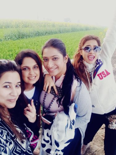 Tinaa Datta with her friends in Amritsar (2)