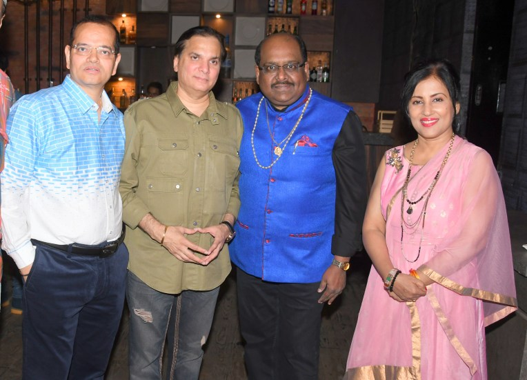 23. Champak Jain, Lalit Pandit, Ram Shankar and Madhushree during BIN TERE SANAM single launch by VENUS DSC_2532