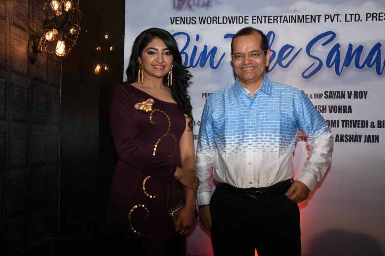 8. Bhumi Trivedi and Champak Jain during BIN TERE SANAM single launch by VENUS DSC_2269