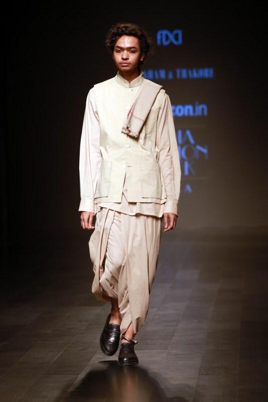 Abraham & Thakore Amazon Fashion week 2018 day 1 (2)