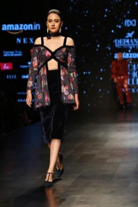 Adarsh Gill Amazon India Fashion Week 2018 (15)