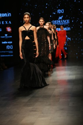Adarsh Gill Amazon India Fashion Week 2018 (28)