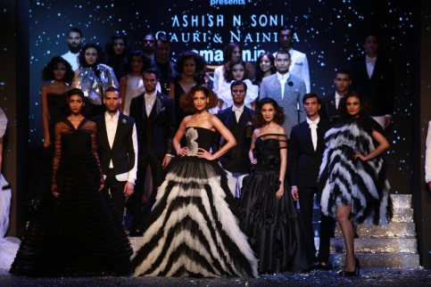 Gauri and Nanika Amazon Fashion Week 2018 (11)