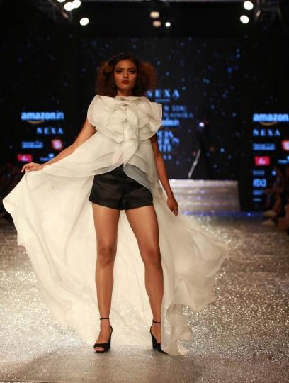 Gauri and Nanika Amazon Fashion Week 2018 (32)