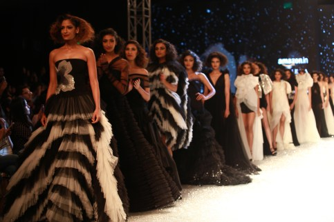 Gauri and Nanika Amazon Fashion Week 2018 (4)