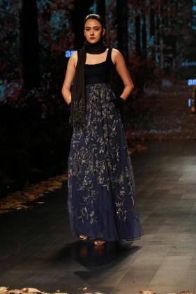 Shyamal and Bhumika Amazaon Fashion week 2018 (8)