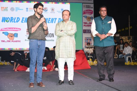 Aaditya Thackeray, Asif Bhamla and Meraj Husain at Bhamla Foundation's World Environment Day celebrations at Carter Road