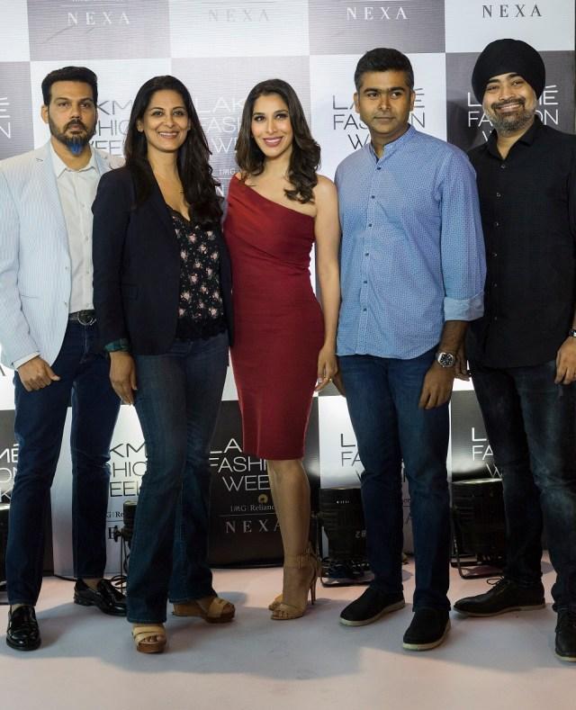 Shane Peacock, Anu Ahuja, Sophie Chaudry, Ashwath Swaminathan (Lakme), and Jaspreet Chandok (IMG Reliance) at the LFW Mumbai Model Auditions