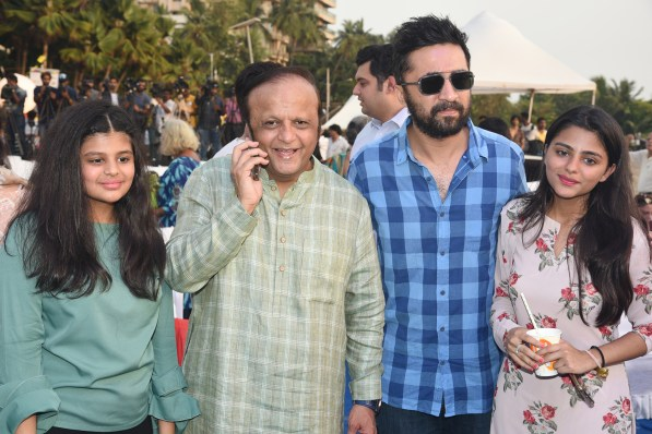 Sanya Bhamla, Asif Bhamla, Siddhanth Kapoor and Saher Bhamla at Bhamla Foundation's World Environment Day celebrations at Carter Road
