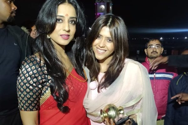 Ekta Kapoor and Mahie Gill at Haridwar for Apharan Maha Aarti