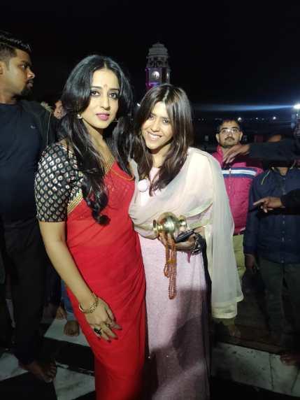 Ekta Kapoor and Mahie Gill at Haridwar for Apharan Maha Aarti