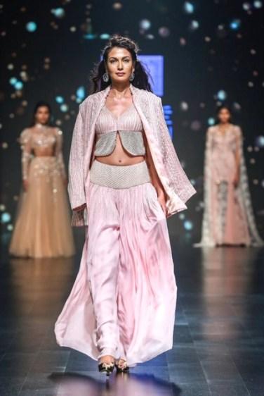 Shehla Khan Ramp Image 3