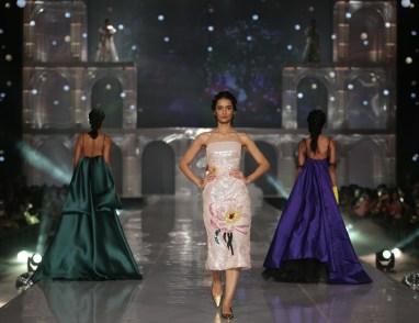 Model at Lakme Absolute Grand Finale for Gauri & Nainika at Lakme Fashion Week Winter Festive 2019- 1