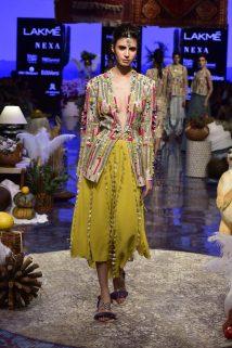 Models in Payal Singhal_#PS20 (1)Models in Payal Singhal_#PS20 (1)