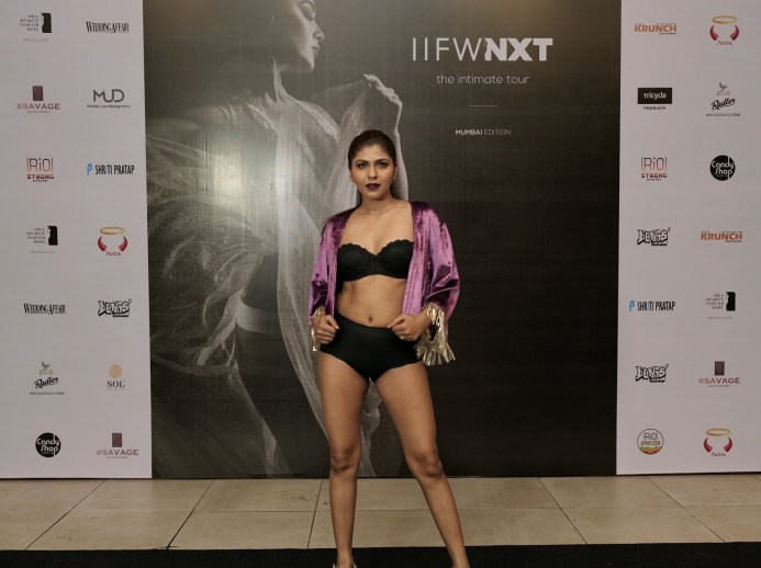 Models walk the ramp for designer Shriti Pratap at IIFW NXT-The Intimate Tour_Mumbai Edition (10)