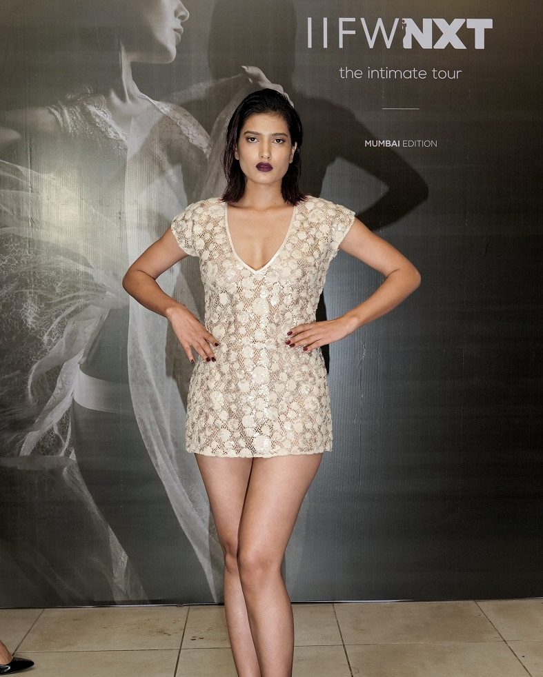 Models walk the ramp for designer Shriti Pratap at IIFW NXT-The Intimate Tour_Mumbai Edition (6)