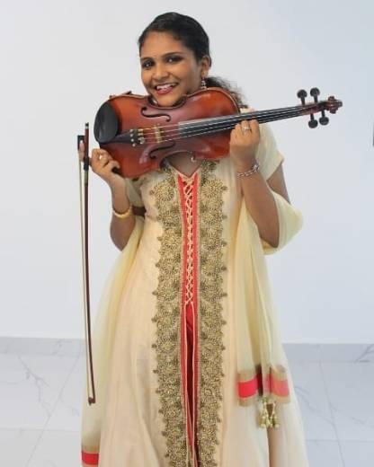 "Crown The Brown: Shruti Teeluck - ""Never stop learning"""