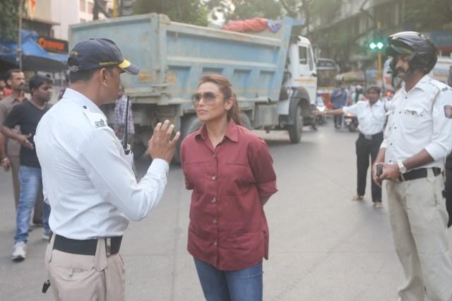 Rani Mukerji Hits The Streets To Meet Traffic Cops For Mardaani 2