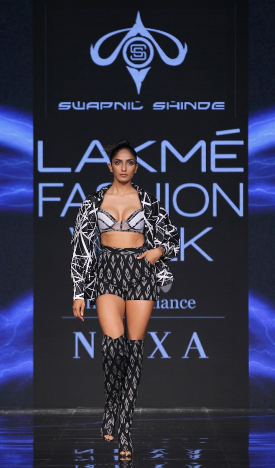 Swapnil Shinde showcases at LFW SR 20
