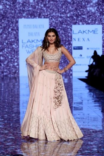 PUNIT BALANASVA During the Lakme Fashion Week Summer Resort 2020 at Jio Gardens in Mumbai, India on February 15th, 2020. Photo : FS Images / Lakme Fashion Week / IMG Reliance