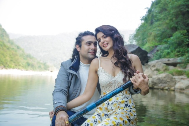 Jubin Nautiyal In An Uber Romantic Avatar In T-Series' Meri Aashiqui