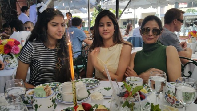 Sridevi with daughters Jahnvi Kapoor and Khushi Kapoor