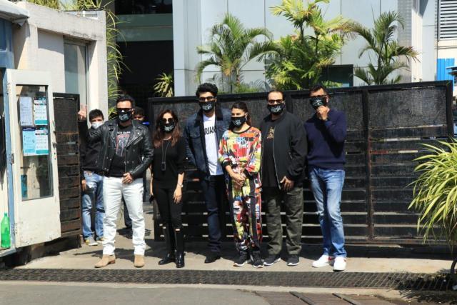 Bhoot Police Team