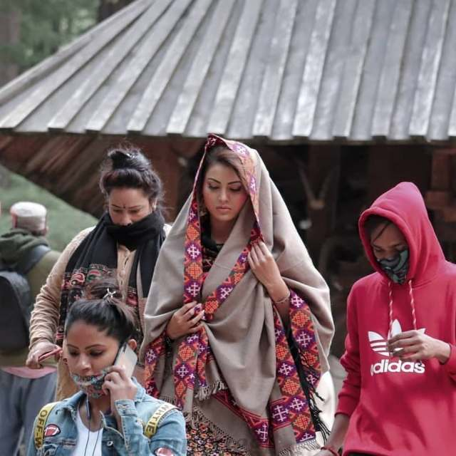 Urvashi Rautela spotted shooting at Manali for her upcoming untitled film