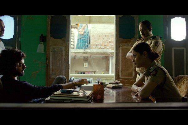 Meera Chopra and Tanuj Virwani, Kamathipura is slated to release on 8th March