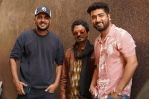 "Director Arvindr Khaira shares the BTS video of Nawazuddin Siddiqui, Jaani, and Sunanda Sharma from the sets of ""Baarish Ki Jaaye"""