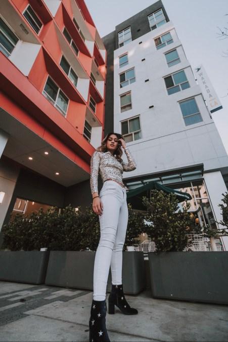 alyssa posing